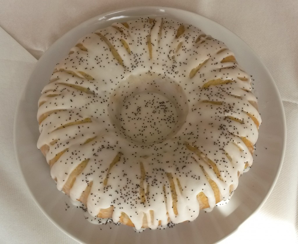 8 SA Lemon Poppyseed Bundt Cake